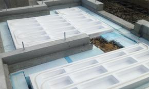 土間にも床暖房、その施工方法と使い心地
