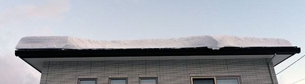 太陽光パネル 落雪